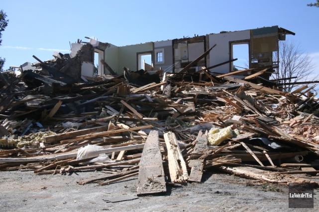 La démolition de la maison Robinson à Cowansville a été arrêtée en raison de la... (Archives La Voix de l'Est)