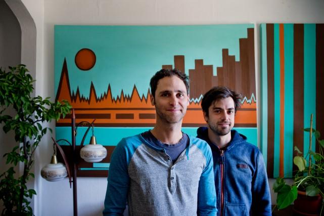 Philippe Meunier et son amoureux Ian Yaworskise sont... (PHOTO MARCO CAMPANOZZI, LA PRESSE)