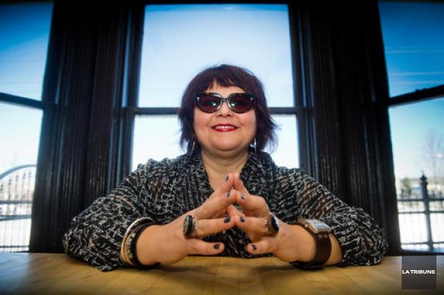 L'enseignante et auteure Lynda Dion.... (La Tribune archives, Jessica Garneau)