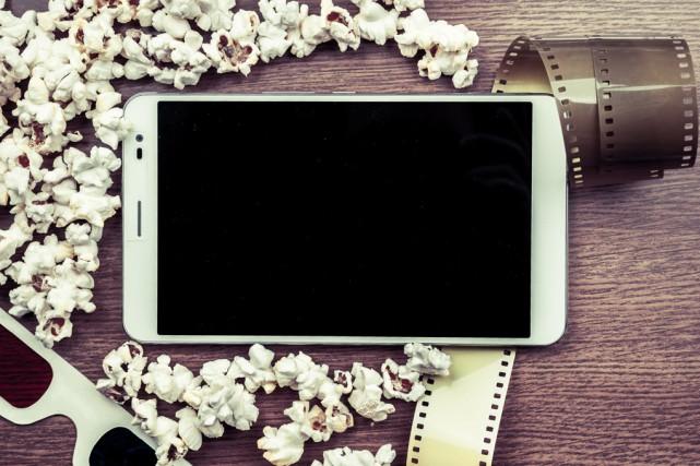 Nos applications pour tablettes et téléphones mobiles continuent d'évoluer,... (123RF)