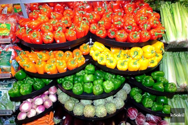 Régis Labeaume considère que les supermarchés, qui font... (Photothèque Le Soleil, Jean-Marie Villeneuve)