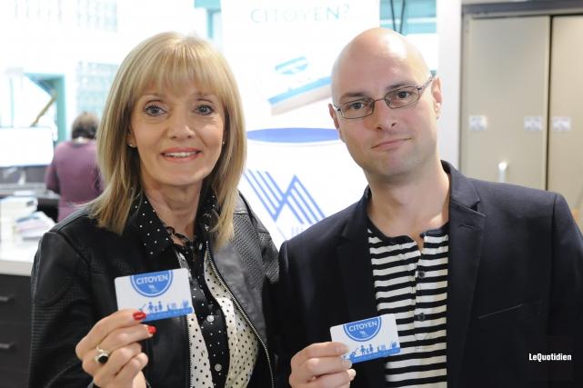 Les conseillers de la ville d'Alma, Sylvie Beaumont... (Photo Le Quotidien, Gimmy Desbiens)
