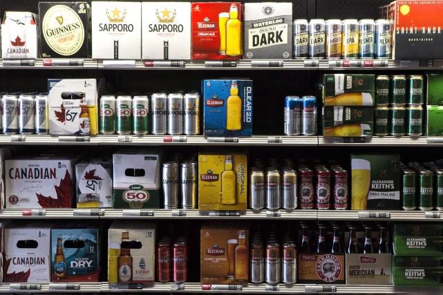 Les propriétaires de dépanneur et d'épicerie indépendante voudraient... (Archives La Presse canadienne)