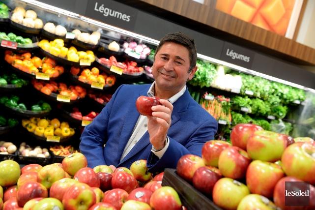 Serge Ferland, qui exploite deux supermarchés dans la... (Le Soleil, Erick Labbé)
