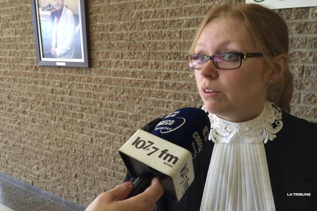 La procureure aux poursuites criminelles Me Marie-Line Ducharme.... (La Tribune, René-Charles Quirion)