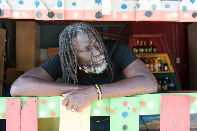 Tiken Jah Fakoly profitera de sa première visite... (Photo courtoisie, Youri Lenquette)