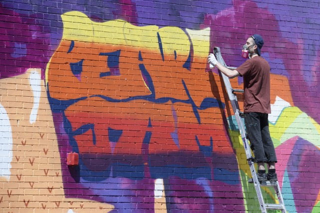 Une murale de plusieurs mètres de haut -... (Le Soleil, Jean-Marie Villeneuve)