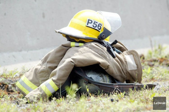 Trois personnes ont été traitées par les paramédics d'Ottawa après l'incendie... (Archives, LeDroit)