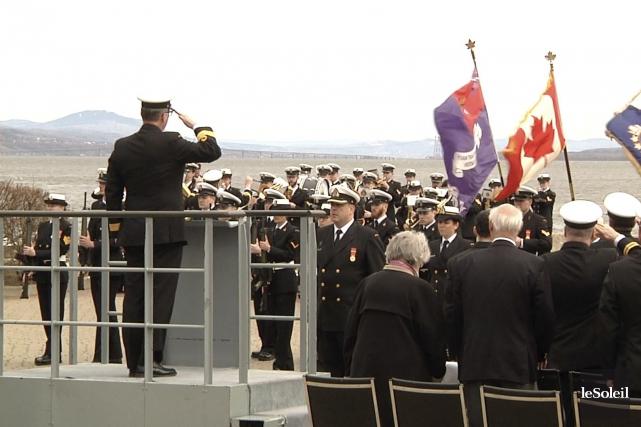 La Réserve navale basée à Québec a souligné dimanche les 71 ans de la bataille... (Le Soleil, Nicolas Perron-Drolet)