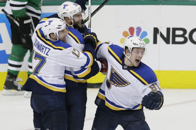 Le capitaine des Blues de St. Louis, David... (AP, LM Otero)