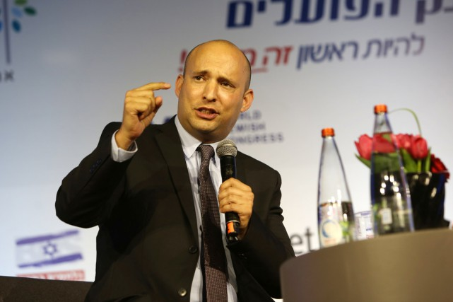 Le ministre de l'Éducation Naftali Bennett, chef de... (PHOTO MENAHEM KAHANA, ARCHIVES AFP)