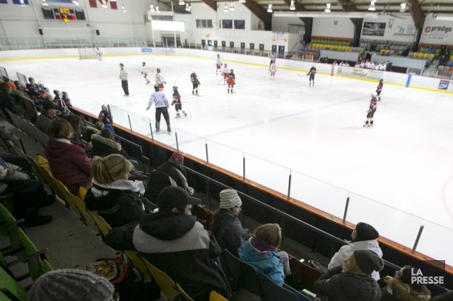 Blessé au dos lors d'un tournoi de hockey à Asbestos en mars, le Kingseyfallois... (Archives La Presse)