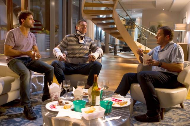 Guillaume Lemay-Thivierge, Patrice Robitaille et Paul Doucet partagent... (PHOTO FOURNIE PAR LES FILMS SÉVILLE)