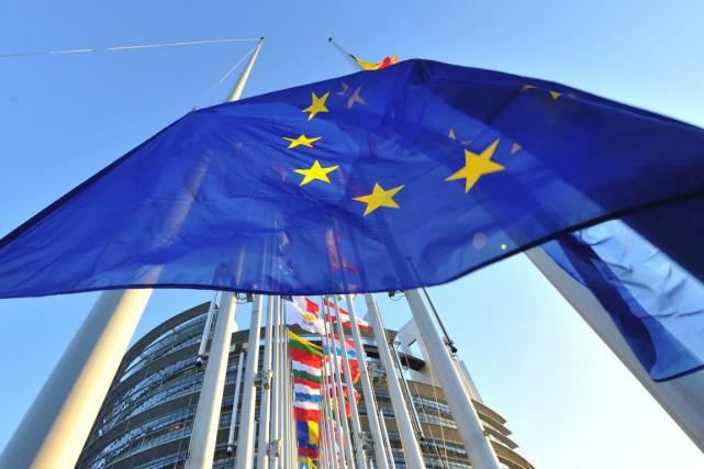 «La croissance européenne va rester positive mais modérée... (PHOTO GEORGES GOBET, ARCHIVES AFP)