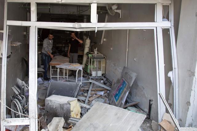 Ce texte fait suite au bombardement d'hôpitaux et... (PHOTO AFP)