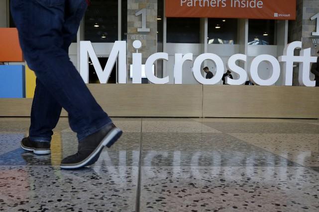 Microsoft croit que cette acquisition lui permettra de... (PHOTO PHOTO JEFF CHIU, ARCHIVES ASSOCIATED PRESS)