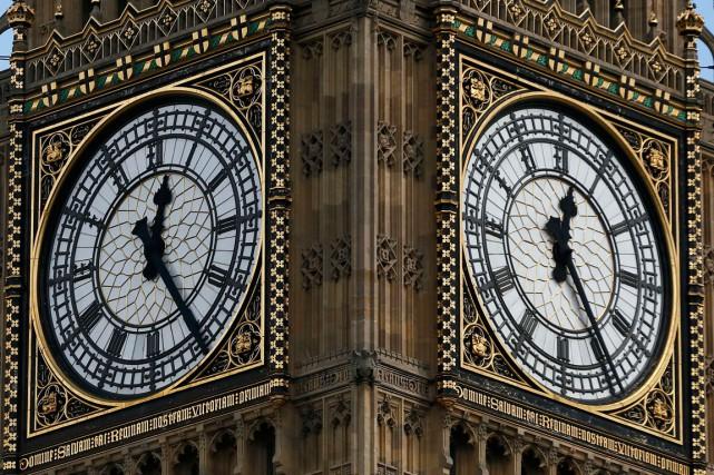 À compter de janvier2017 et pour plusieurs mois, la célèbre cloche londonienne... (PHOTO REUTERS)