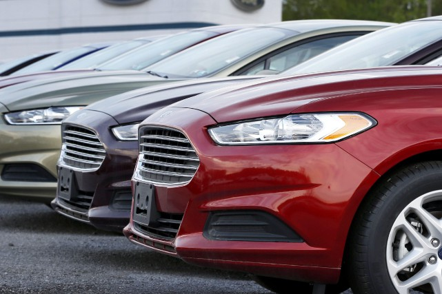 Les ventes annuelles de véhicules automobiles au Canada... (PHOTO KEITH SRAKOCIC, ARCHIVES AP)