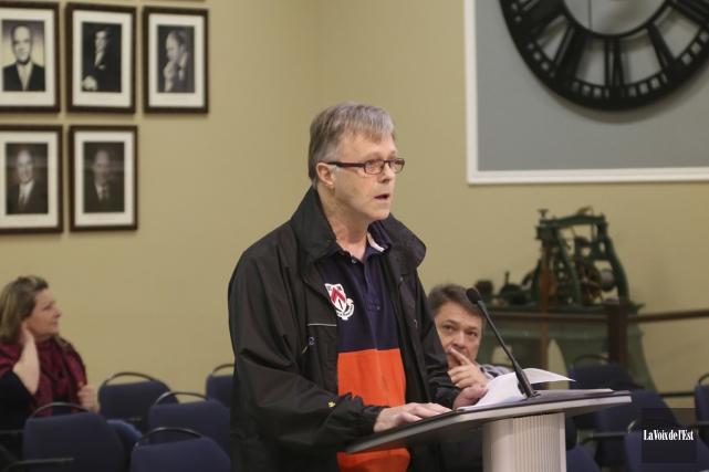 Robert Choquette a dénoncé, lors de la séance... (Janick Marois, La Voix de l'Est)
