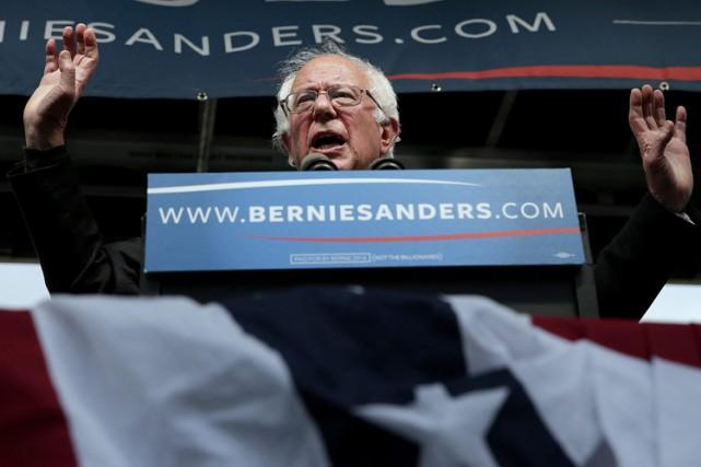 Bernie Sanders a remporté mardi la primaire démocrate de l'Indiana devant... (PHOTO AP)