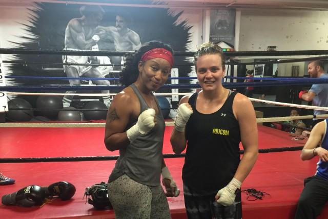 Ariane Fortin avec sa partenaire d'entraînement des 2... (Photo fournie par Ariane Fortin)