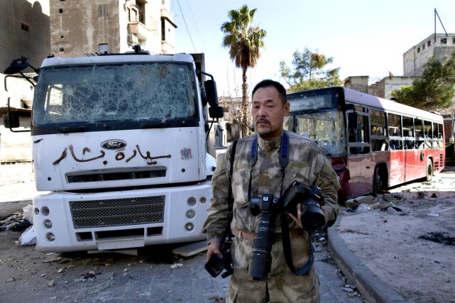 Toshifumi Fujimoto à Alep, en Syrie.... (PHOTO AFP)