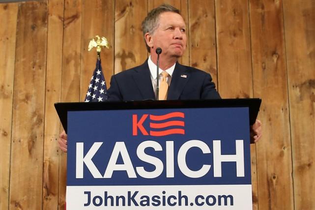 John Kasich avait les larmes aux yeux tout... (PHOTO REUTERS)