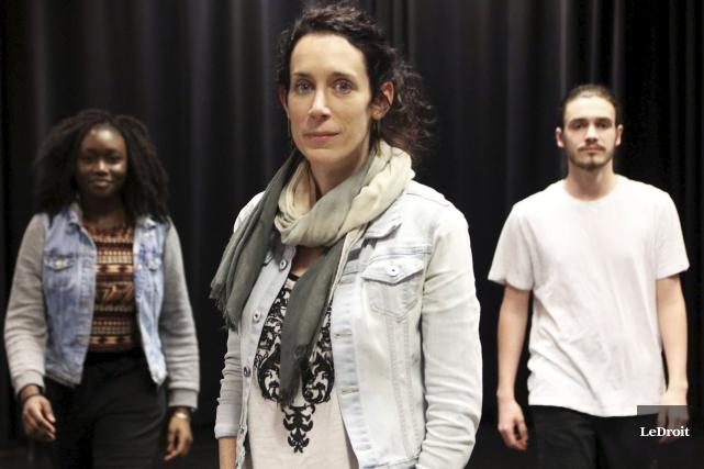 Fadima Gnankambary, la metteure en scène Anne-Marie Guilmaine... (Etienne Ranger, LeDroit)