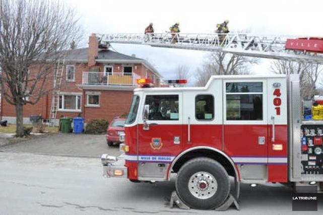 Des pompiers de la Ville de Magog souhaitent... (Archives La Tribune)