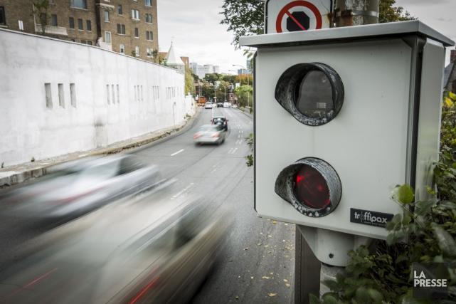 Si les radars photo étaient accompagnés de panneaux... (Archives La Presse)