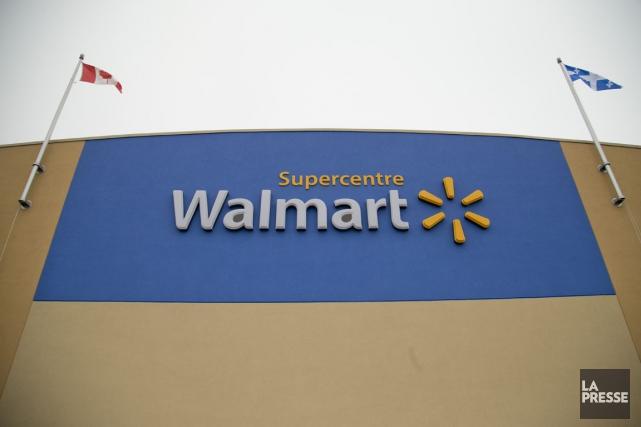 Après Sobeys dans ses supermarchés IGA, c'est au tour de Walmart de réduire le... (La Presse)