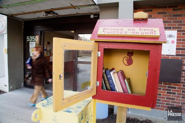 La boîte située devant le centre Gabrielle-et-Marcel-Lapalme, au... (PHOTO ALAIN ROBERGE, LA PRESSE)