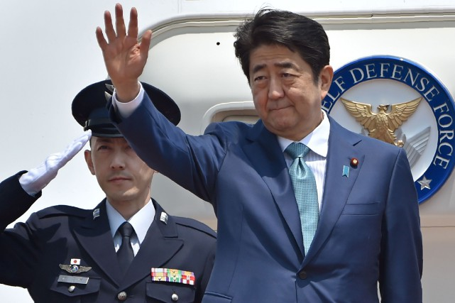 Le premier ministre du Japon, Shinzo Abe, au... (PHOTO KAZUHIRO NOGI, AGENCE FRANCE-PRESSE)