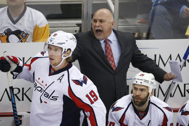 Barry Trotz a guidé les Capitals vers le deuxième... (Photo Gene J. Puskar, archives AP)