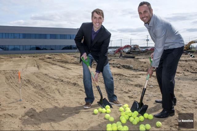 Les entrepreneurs Carl Gravel et Francis Bouchard ouvriront... (Stéphane Lessard, Le Nouvelliste)