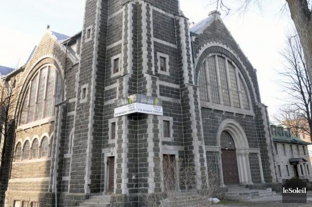 Fermée au culte depuis 1997, l'église Saint-Coeur-de-Marie pourrait... (Le Soleil, Jean-Marie Villeneuve)