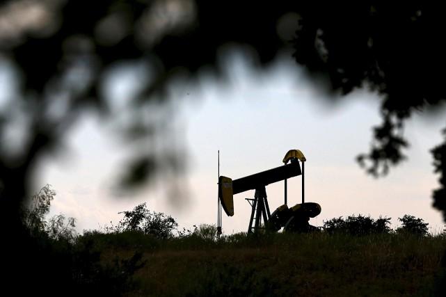 Les cours du pétrole brut ont encore fini en légère hausse vendredi, à la... (Photo Mike Stone, archives Reuters)