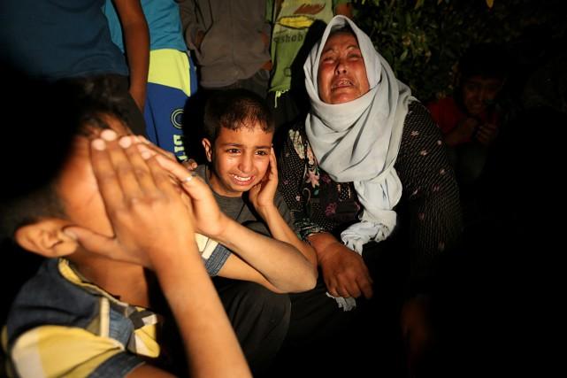 Les violences ont pour la première fois fait... (PHOTO IBRAHEEM ABU MUSTAFA, REUTERS)