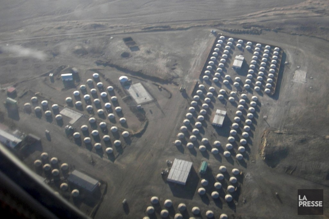 Vue aérienne des habitations qui accueilleront les travailleurs... (Photo Tom Miles, Archives Reuters)