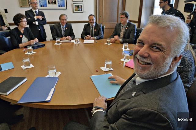 Philippe Couillard a rencontré lesprincipaux chefs syndicaux du... (Le Soleil, Patrice Laroche)