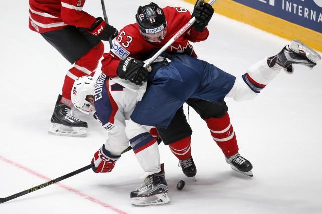 Brad Marchand, des Bruins, a été fidèle à... (AP, Dmitri Lovetsky)