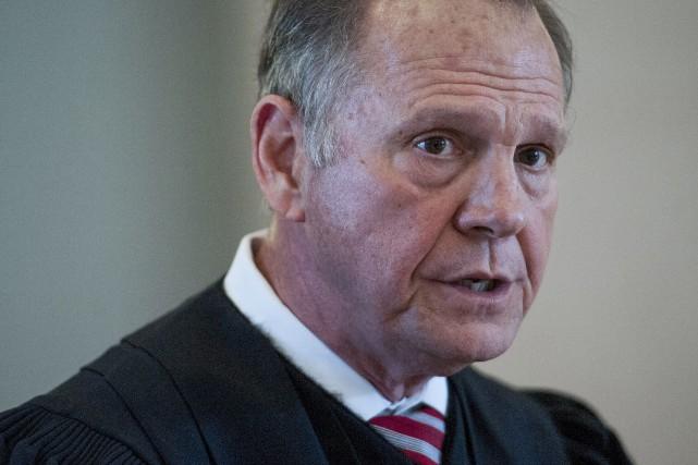 Roy Moore risque la destitution.... (AP)