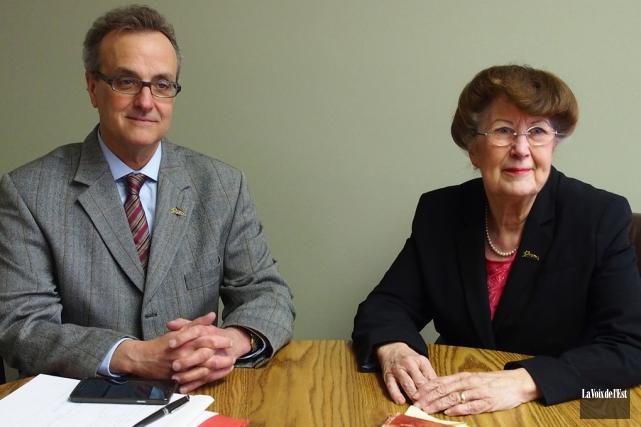 La mairesse de Bromont, Pauline Quinlan, et le... (Archives La Voix de l'Est)