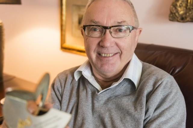 Le Dr Marc Dauphin a reçu le Prix... (Spectre média, Marie-Lou Béland)