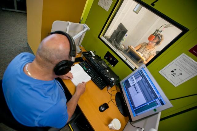 Dans les bureaux de Vues et Voix,environ 25... (PHOTO DAVID BOILY, LA PRESSE)