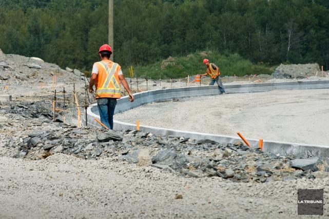 Le ministère des Transports du Québec (MTQ) prévoit encore plusieurs chantiers... (Archives La Tribune, Jessica Garneau)
