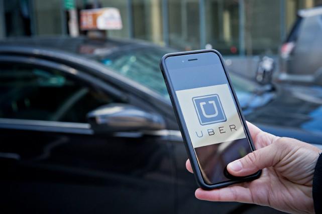 Le projet de loi devant encadrer Uber que... (PHOTO PATRICK SANFAÇON, ARCHIVES LA PRESSE)