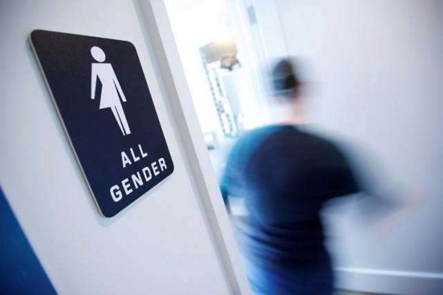 La loi controversée impose à une personne l'utilisation... (PHOTO REUTERS)