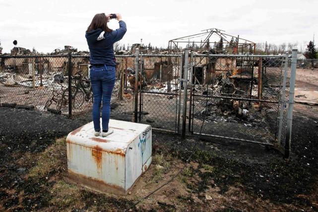 Environ 80 000 personnes ont été forcées de... (PHOTO AFP)