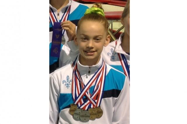 Camille Carignan a accroché cinq médailles à son... (Courtoisie)